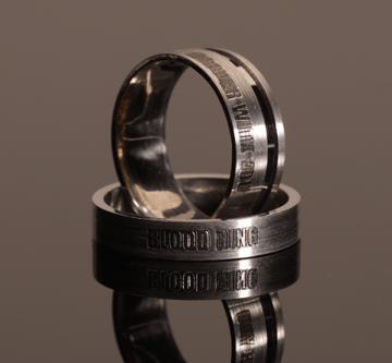 Gyönyörű, ízléses egyedi ezüst gyűrű